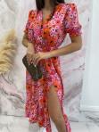 Sukienka maxi z guziczkami na dekolcie w pomarańczowe kwiaty różowa Bibi 02 - photo #3