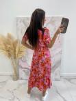 Sukienka maxi z guziczkami na dekolcie w pomarańczowe kwiaty różowa Bibi 02 - photo #5
