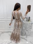 Sukienka maxi z długim koronkowym rękawem beżowa Colima 89 - photo #4