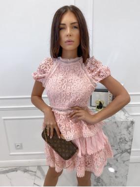 Sukienka koronkowa na krótki rękaw różowa Werka 09