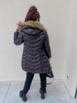 Kurtka pikowana dłuższa z futerkiem czarna Irvina 17 - photo #4